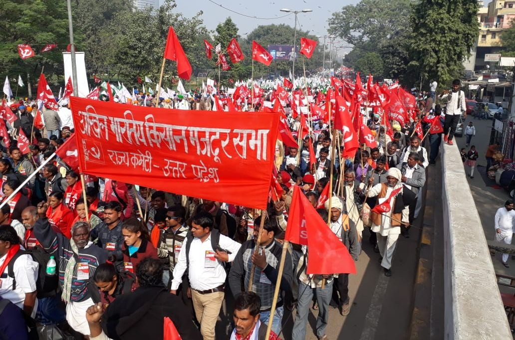 Farmers return from Delhi protest